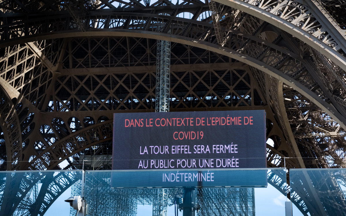 Eiffel tower closed due to the corona pandemic