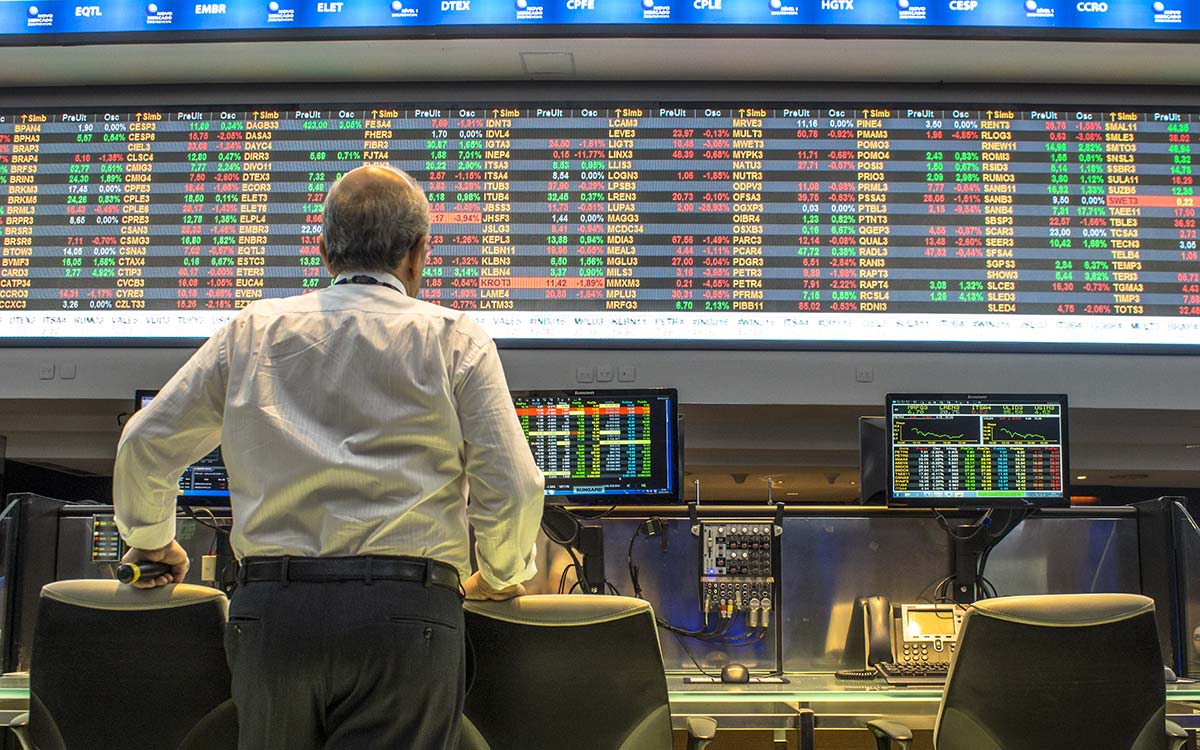 Uncertainty factors put stock markets under pressure